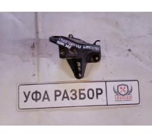 Кронштейн заднего бампера правый Peugeot 3008 2010>