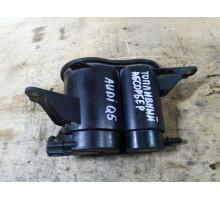 Абсорбер топливный (угольный фильтр)  Audi Q5 2008>