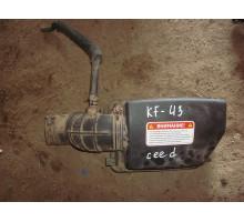 Корпус воздушного фильтра верхняя часть Kia Ceed 2012>