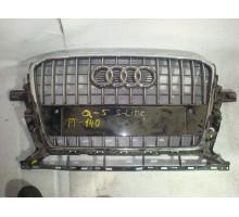 Решетка радиатора Audi Q5 2008>